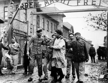 aushvits1945
