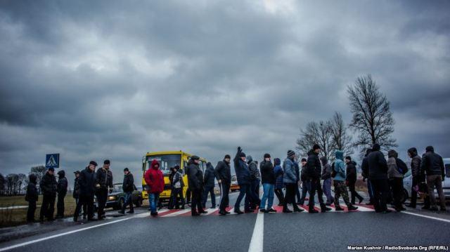 Miners from blockade