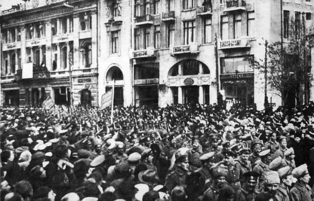 1_DemonstraFebrRevolutionKharkov1917
